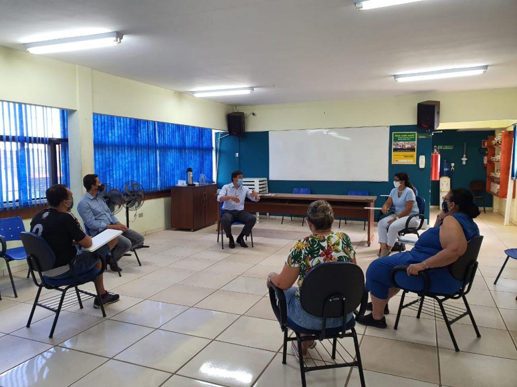 ACP recebe vereador Alírio Villasanti para discutir projeto de lei que cria programa de aquisição de computadores e custeio de internet para professores