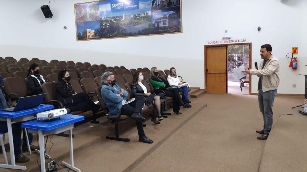 ACP participa de reunião na Semed para discutir processo seletivo de professores temporários